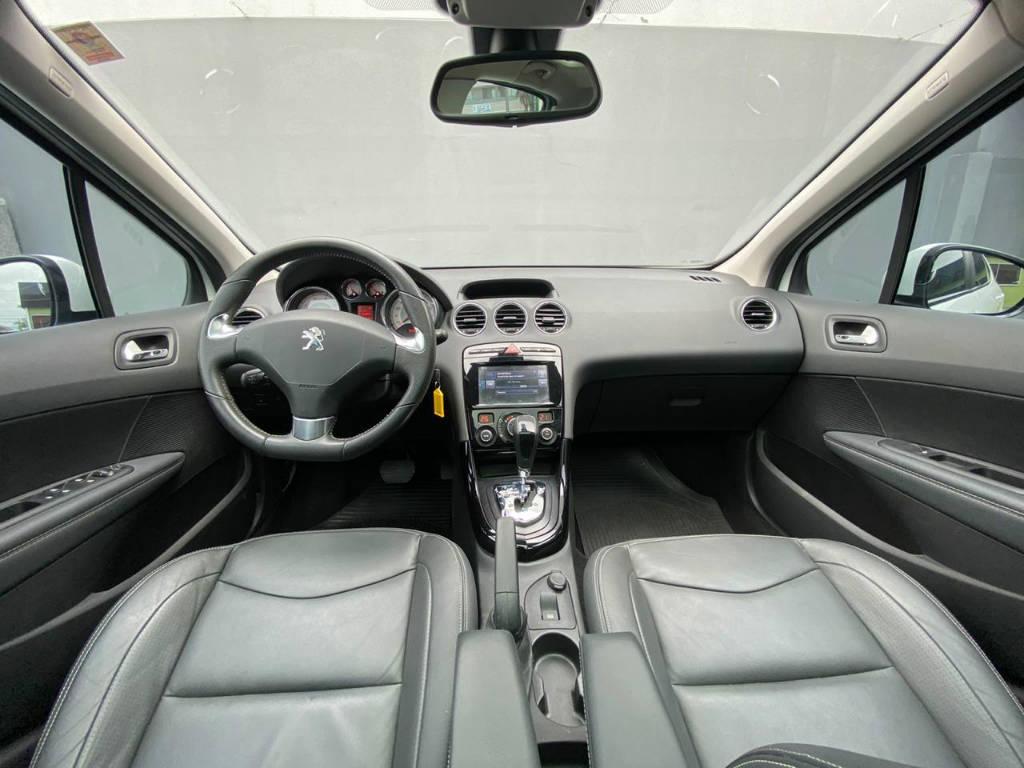 Foto numero 5 do veiculo Peugeot 308 GRIFFE 1.6 AUT - Branca - 2017/2017