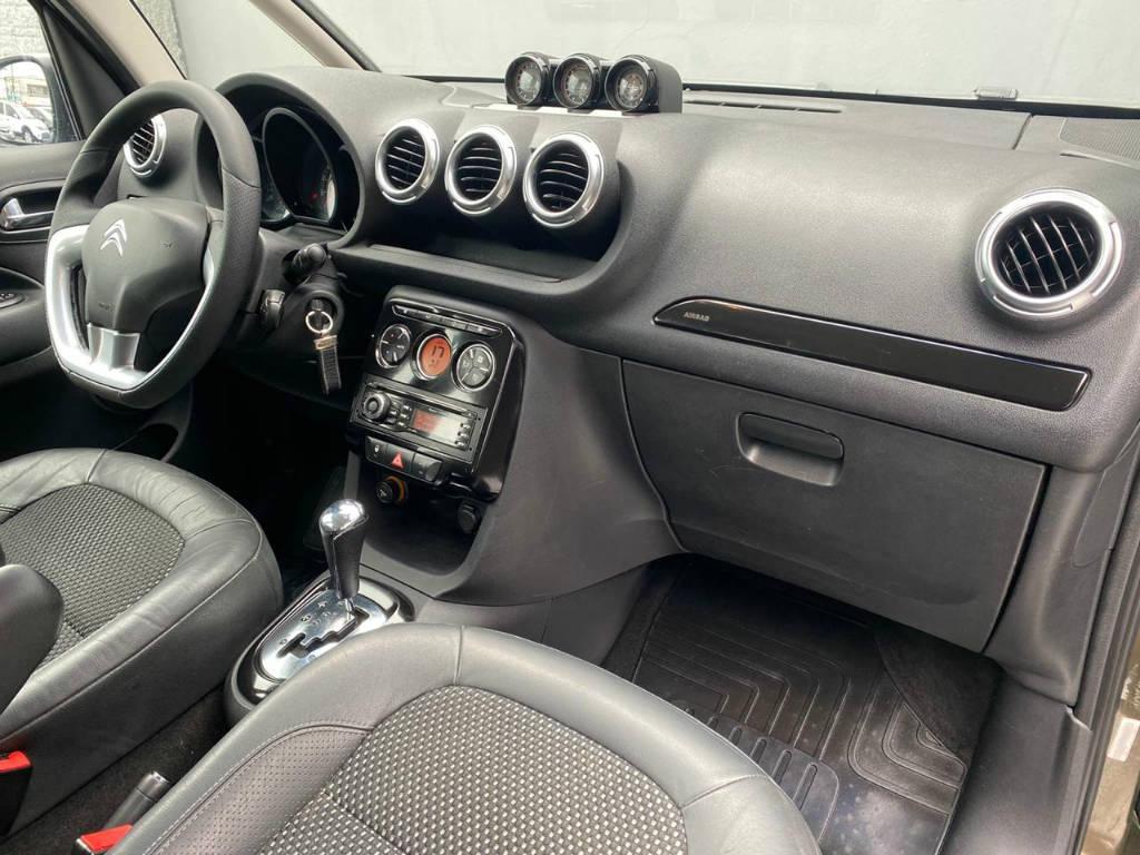 Foto numero 9 do veiculo Citroën AirCross 1.6 EXC AUT - Marrom - 2011/2012