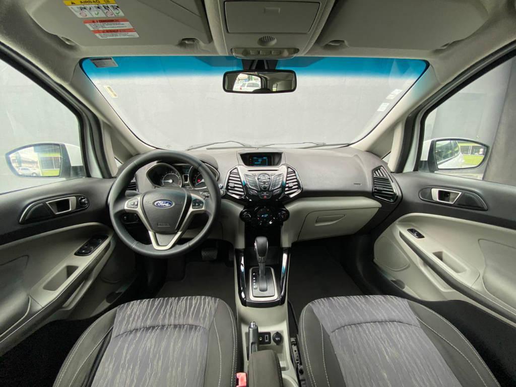 Foto numero 3 do veiculo Ford EcoSport Titanium 2.0 Aut. - Branca - 2014/2014