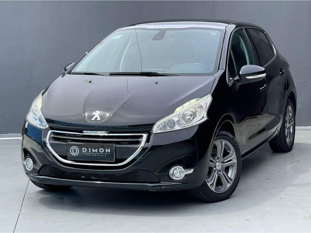 Foto numero 2 do veiculo Peugeot 208 GRIFFE 1.6 - Preta - 2013/2014