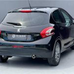 Foto numero 4 do veiculo Peugeot 208 GRIFFE 1.6 - Preta - 2013/2014