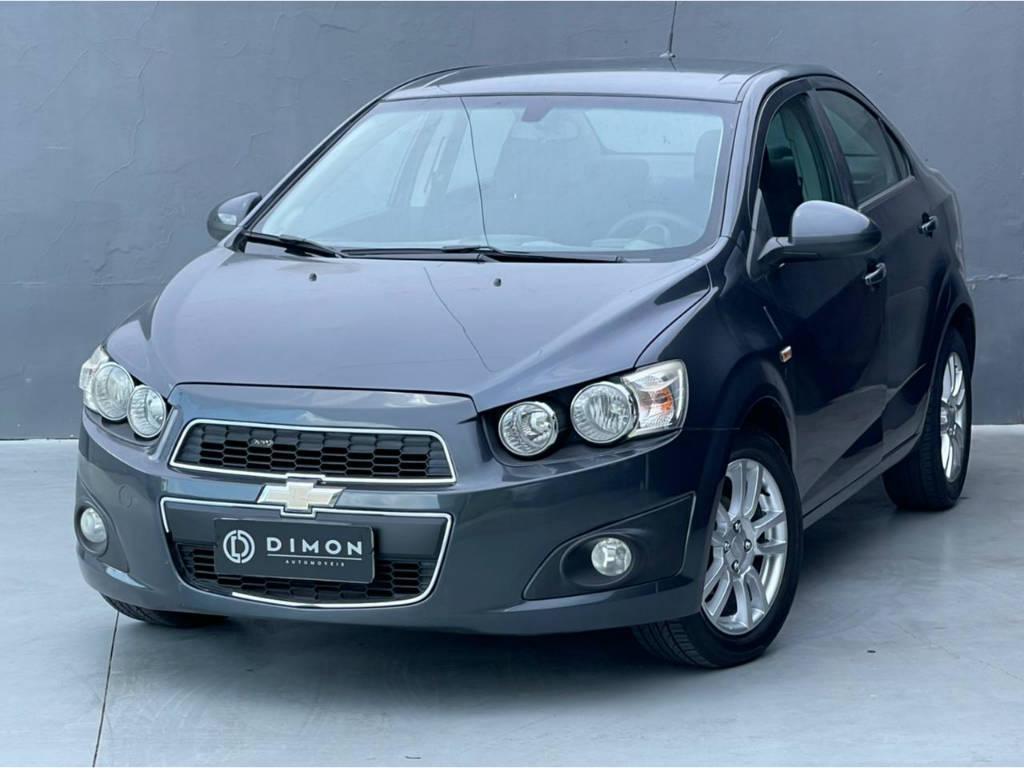 Foto numero 2 do veiculo Chevrolet Sonic SEDAN LTZ 1.6 MT - Cinza - 2012/2013