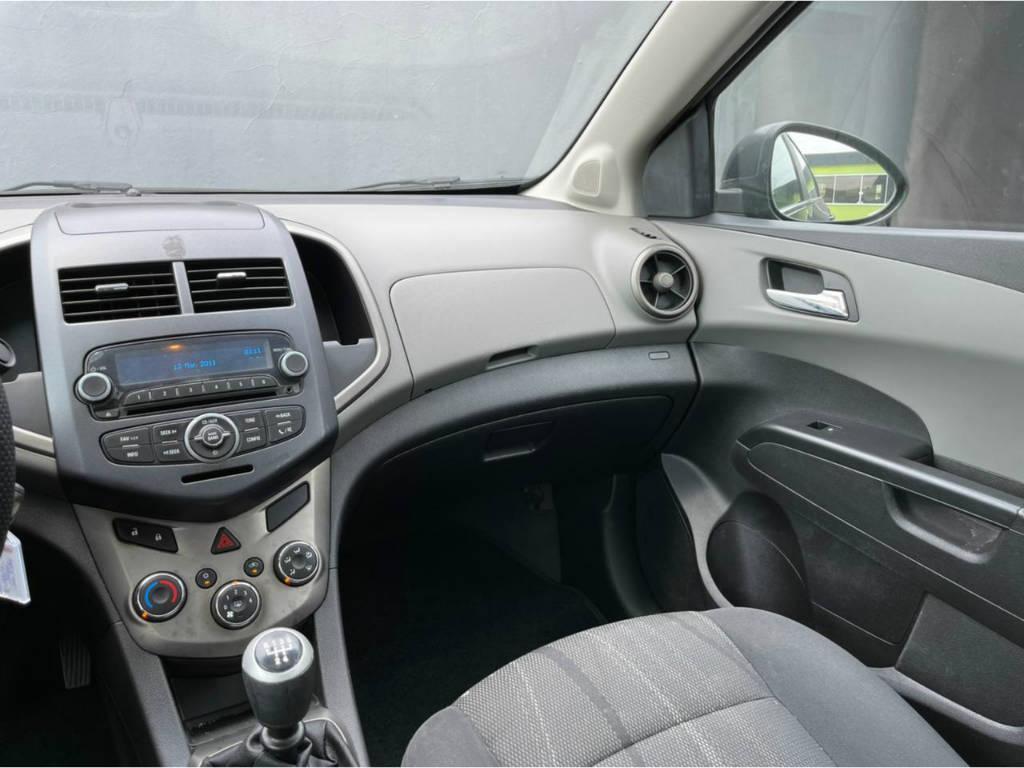Foto numero 7 do veiculo Chevrolet Sonic SEDAN LTZ 1.6 MT - Cinza - 2012/2013