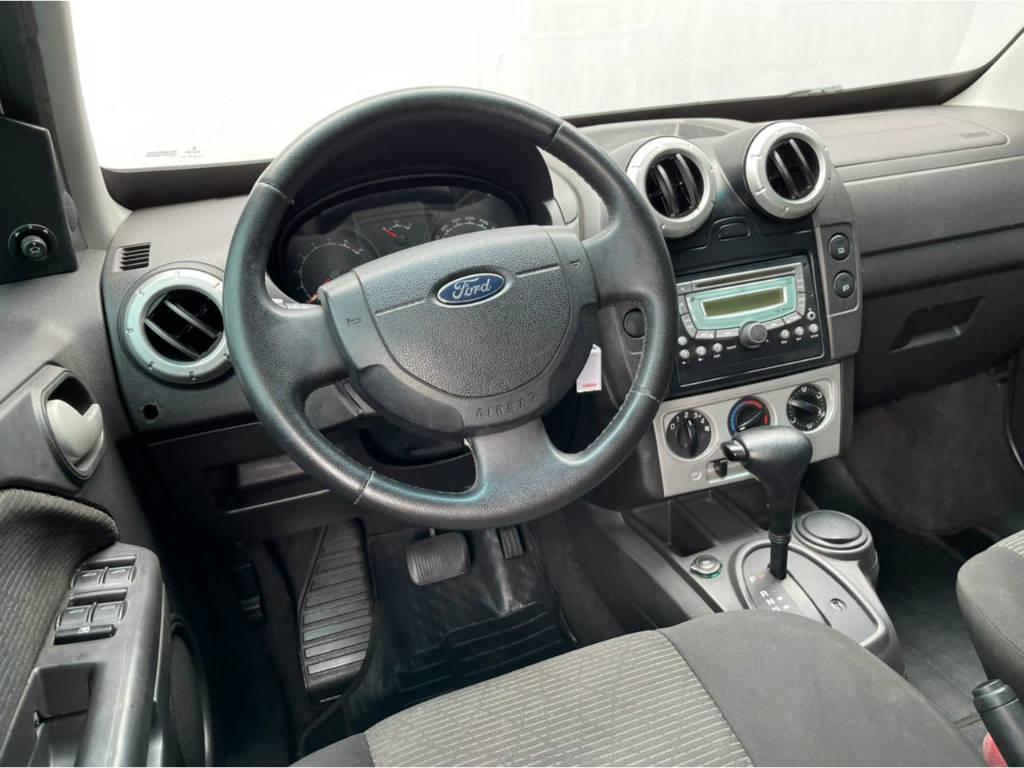 Foto numero 6 do veiculo Ford EcoSport XLT 2.0 AUT - Prata - 2010/2011