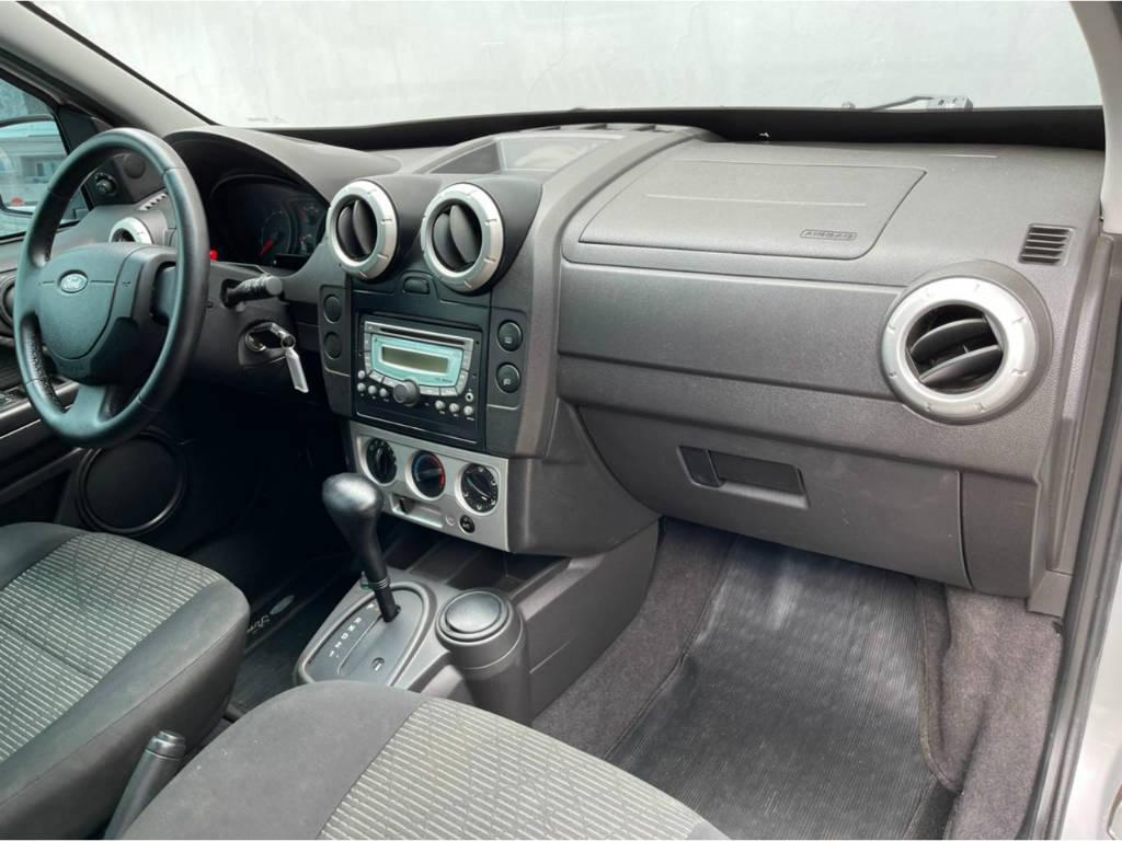 Foto numero 8 do veiculo Ford EcoSport XLT 2.0 AUT - Prata - 2010/2011