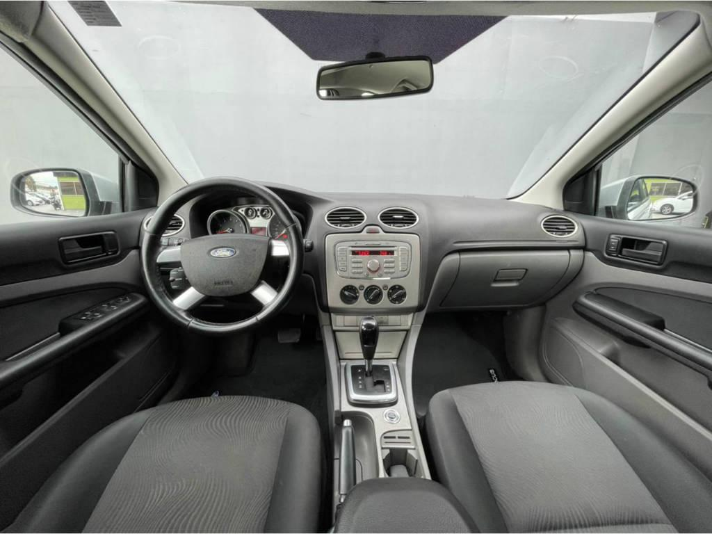 Foto numero 5 do veiculo Ford Focus Sedan 2.0 AUT - Prata - 2013/2013