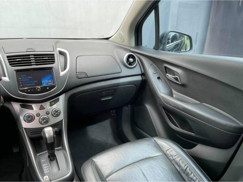Foto numero 7 do veiculo Chevrolet Tracker LTZ 1.8 AUT - Preta - 2013/2014