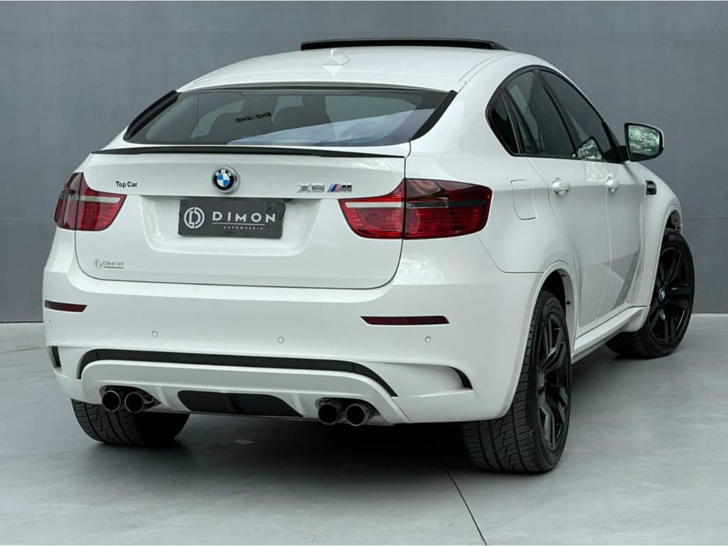 Foto numero 7 do veiculo BMW X6 M 4.4 - 4X4 V8 BI TURBO - Branca - 2011/2011