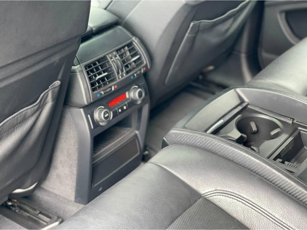 Foto numero 15 do veiculo BMW X6 M 4.4 - 4X4 V8 BI TURBO - Branca - 2011/2011
