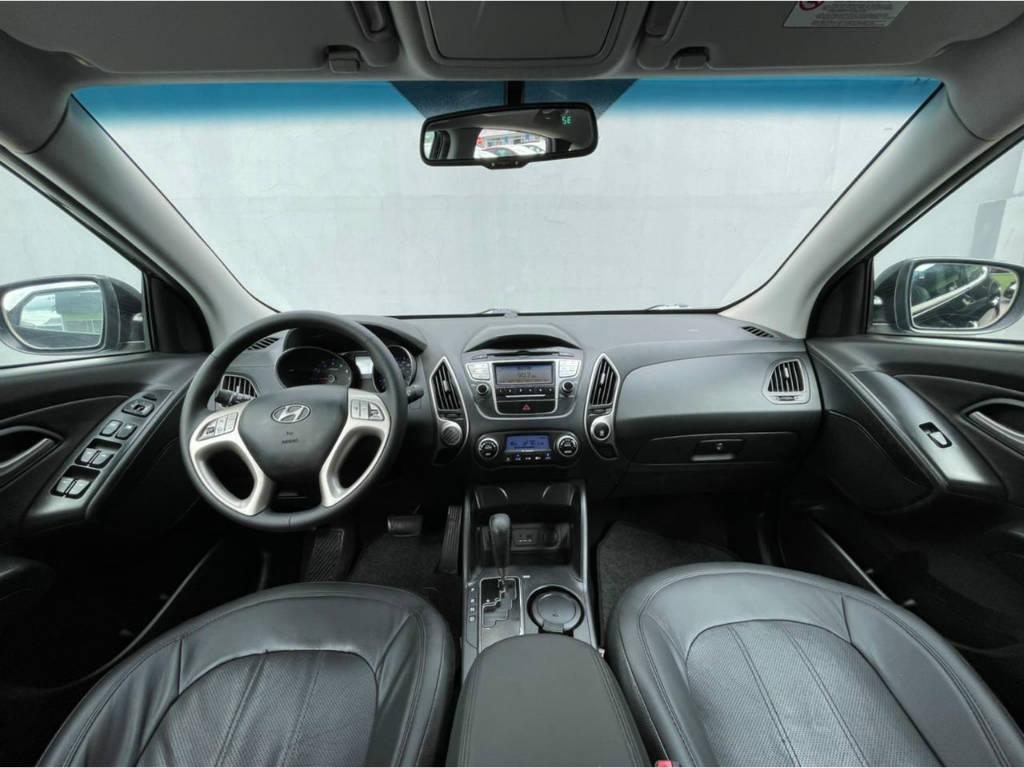 Foto numero 5 do veiculo Hyundai ix35 2.0 AUT - Preta - 2011/2012