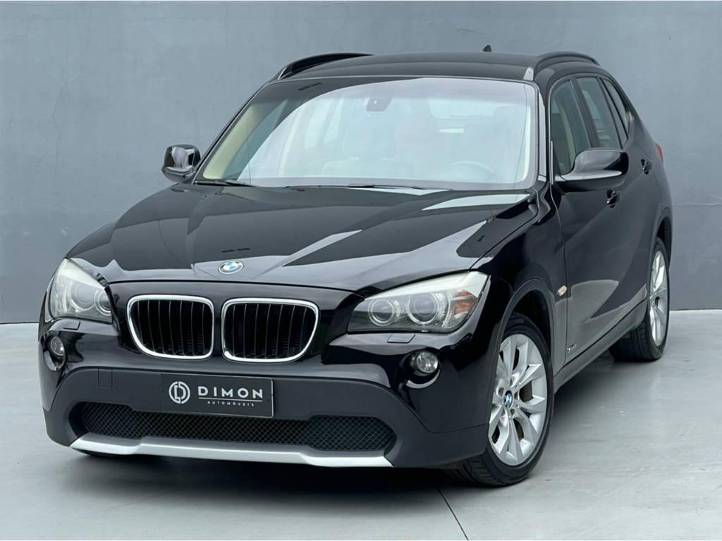 Foto numero 2 do veiculo BMW X1 SDRIVE 18I 2.0 - Preta - 2010/2011