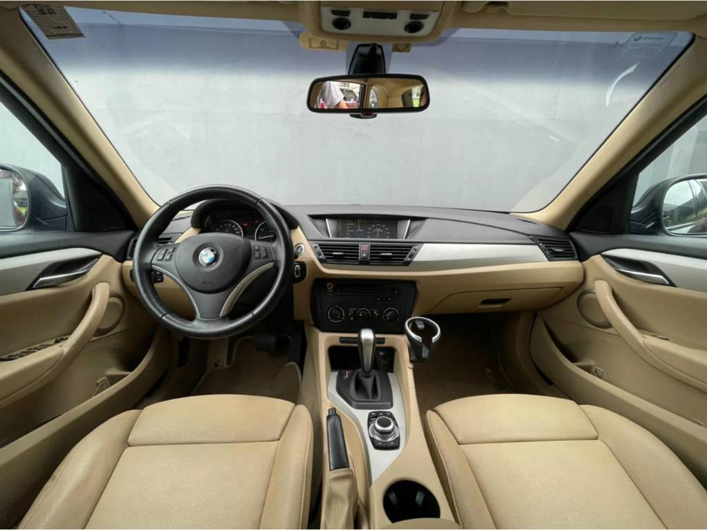 Foto numero 5 do veiculo BMW X1 SDRIVE 18I 2.0 - Preta - 2010/2011