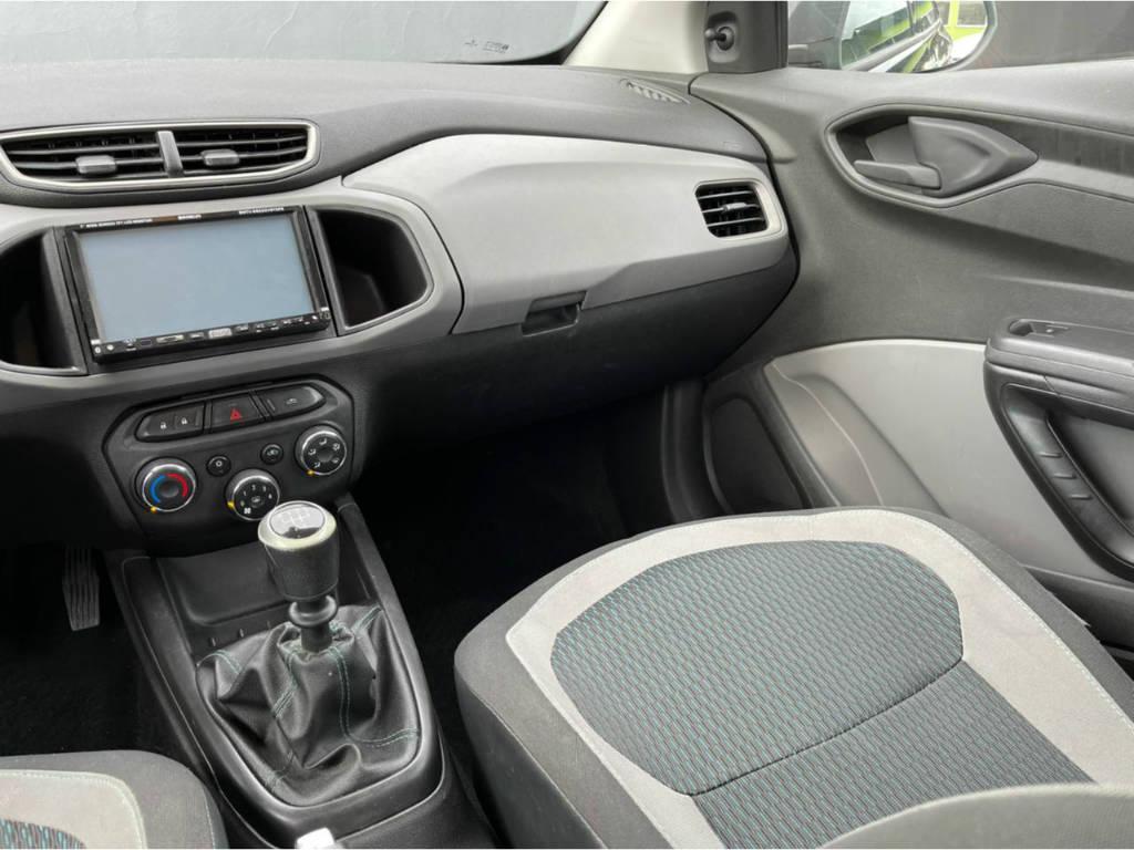 Foto numero 7 do veiculo Chevrolet Onix 1.0 LT - Preta - 2015/2016