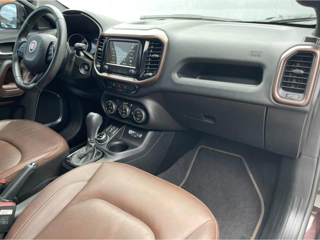 Foto numero 13 do veiculo Fiat Toro RANCH 2.0 - 4X4 - Marrom - 2019/2020