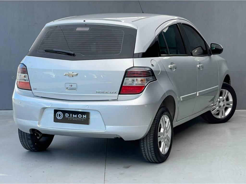 Foto numero 3 do veiculo Chevrolet Agile LTZ 1.4 - Prata - 2013/2013