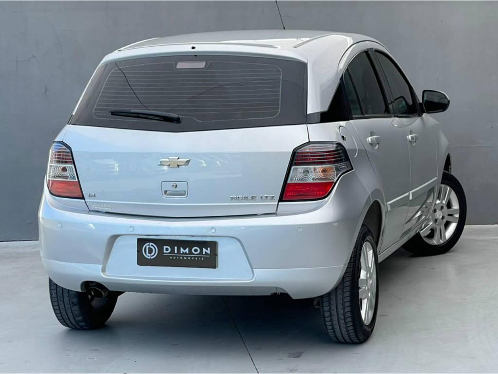 Foto numero 4 do veiculo Chevrolet Agile LTZ 1.4 - Prata - 2013/2013