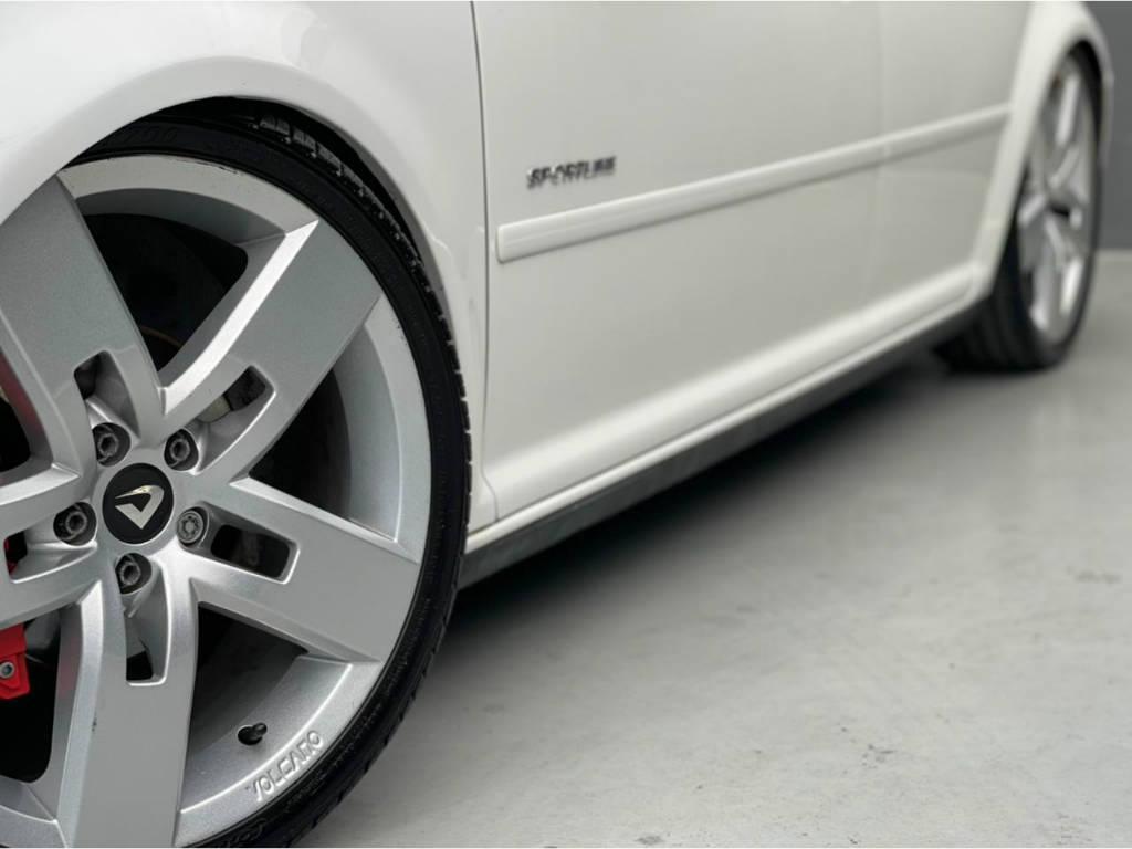 Foto numero 3 do veiculo Volkswagen Golf 1.6 SPORTLINE - Prata - 2011/2012