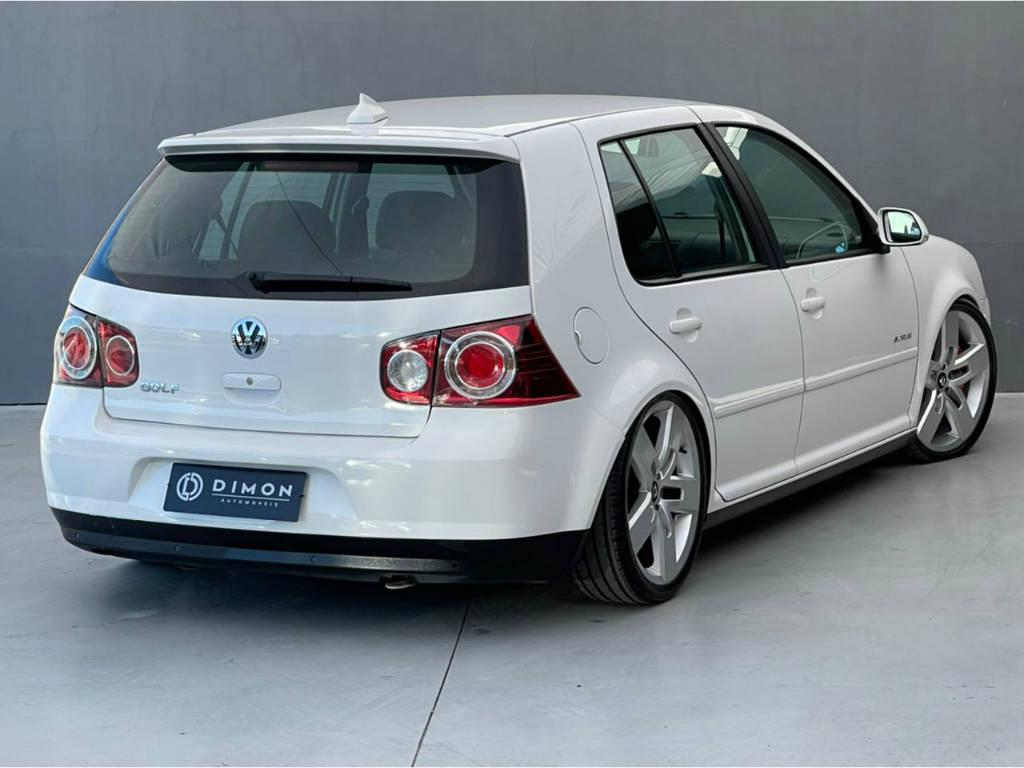 Foto numero 4 do veiculo Volkswagen Golf 1.6 SPORTLINE - Prata - 2011/2012