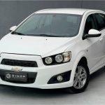 Foto numero 2 do veiculo Chevrolet Sonic 1.6 LT - Branca - 2013/2013