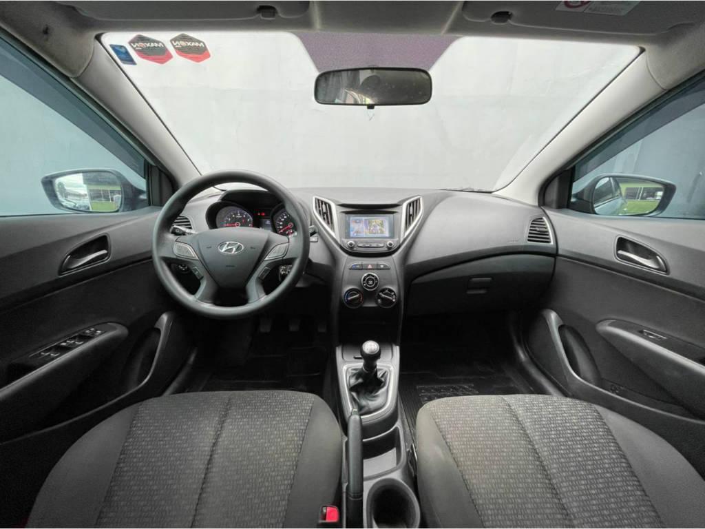 Foto numero 5 do veiculo Hyundai HB20 CONF PLUS 1.0 - Prata - 2019/2019