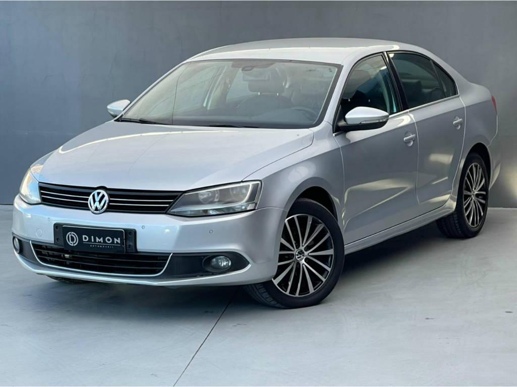 Foto numero 0 do veiculo Volkswagen Jetta HIGHLINE 2.0 TSI - Prata - 2011/2011