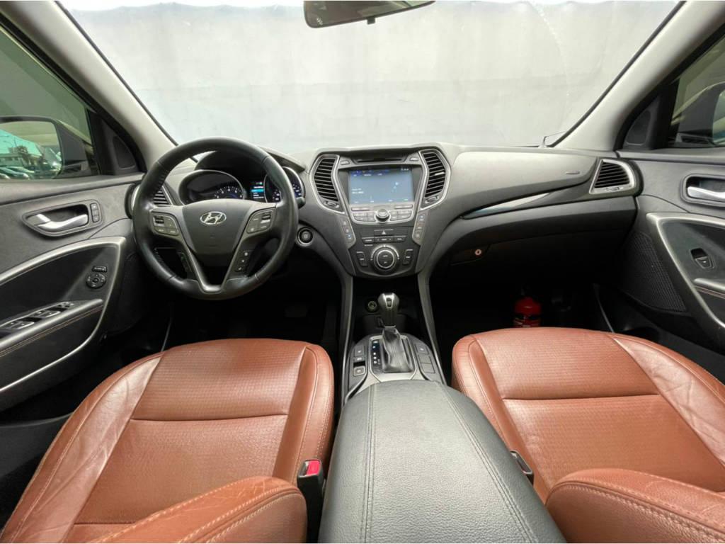 Foto numero 7 do veiculo Hyundai Santa Fé 3.3 - 4 X 4 - 7 LUGARES - Prata - 2013/2014