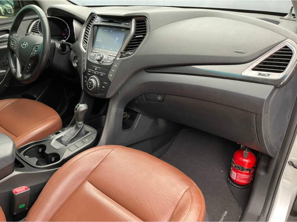 Foto numero 16 do veiculo Hyundai Santa Fé 3.3 - 4 X 4 - 7 LUGARES - Prata - 2013/2014